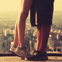 Почему девушкам нравятся высокие парни?