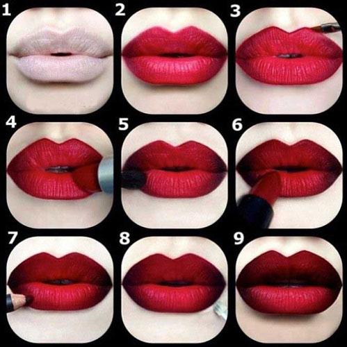 Бардовые губы
